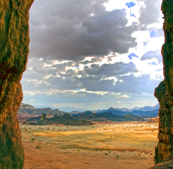 9-timna-solomons-pillars-walk-way-view-3