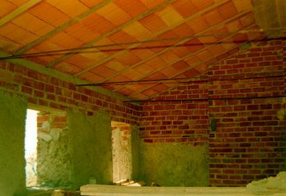 24-roof-interior