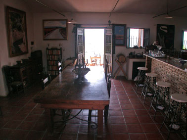 34-dining-section-and-bar-of-main-room