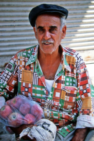 Tel Aviv - Man with Apples